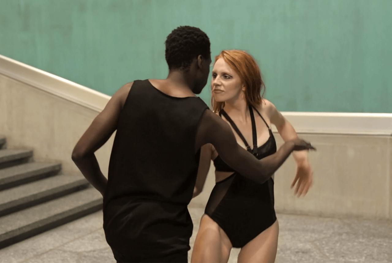 Gehörlose Tänzer beeindrucken im Werbevideo von LYN Lingerie