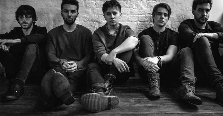 Nothing but thieves bild querformat 4